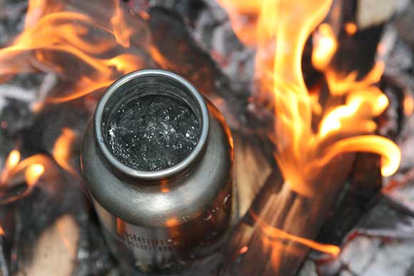 Klean Kanteen boiling water in a fire
