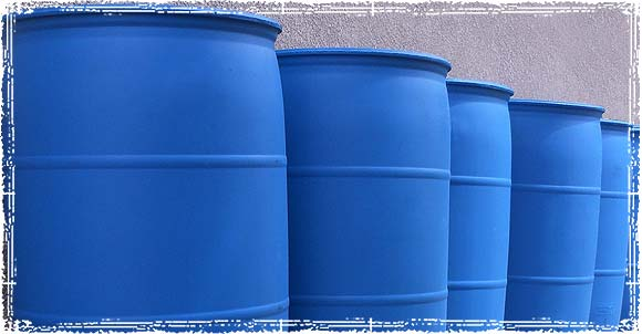 Multiple 55 Gallon Water Barrels
