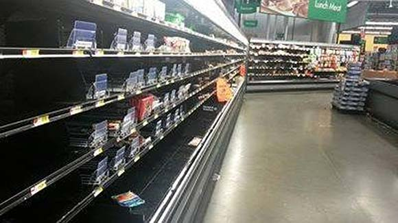 Are Food Stamp Riots Coming? Stores Ransacked and Torn Apart during Food Stamp Outage emptyshelves