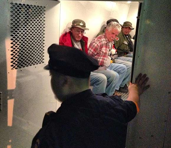 Vietnam Vets Arrested Outside Vietnam Memorial Plaza