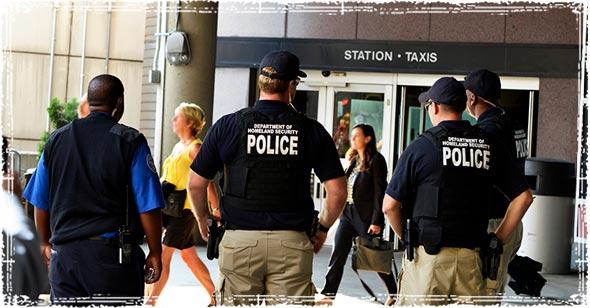 DHS/TSA Agents