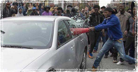 People Rioting