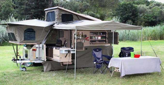 Commander Travel Trailer with popout units