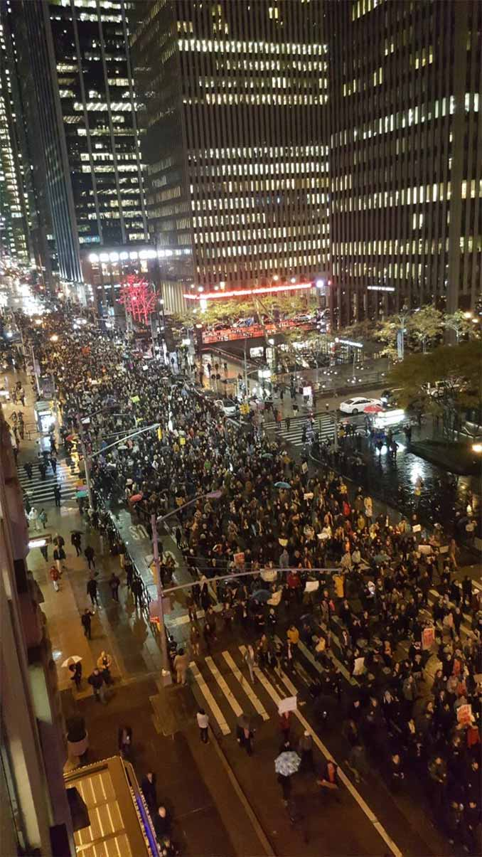 New York Streets Shutdown by Anti-Trump Activists
