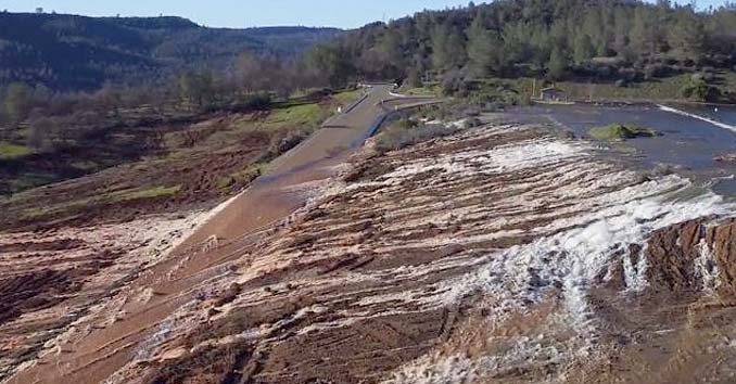 Oroville Dam Failure Imminent: Emergency Evacuation Ordered Downstream