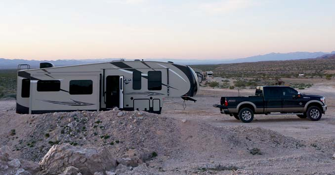 RV 5th Wheel and Pickup Truck