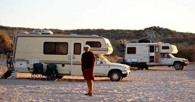 Boondocking in a 1989 Toyota Dolphin