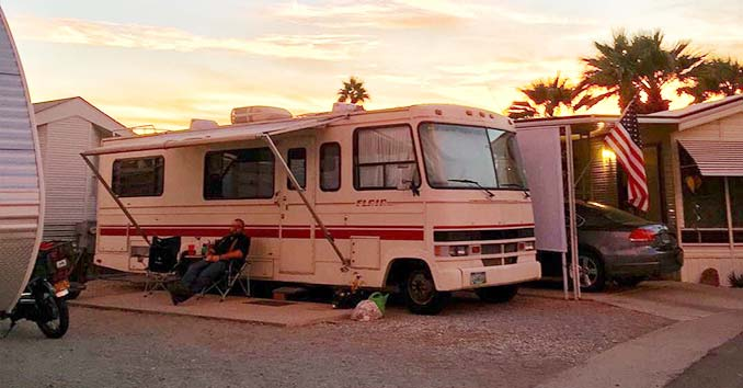 monthly RV pad rental