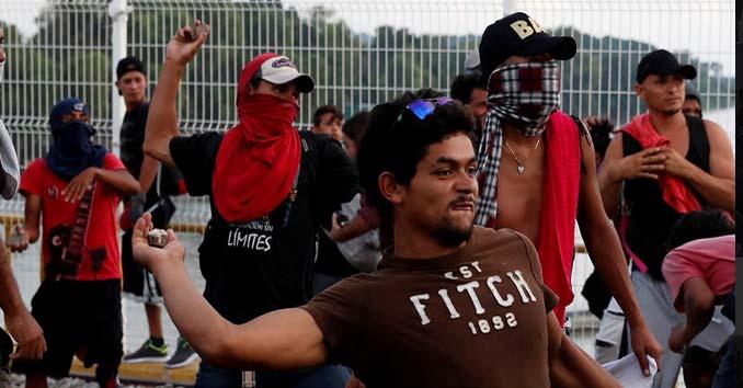 Violent Groups in Caravan